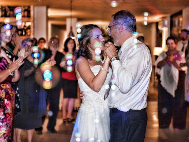 La boda de James y Isabel en Santiago De Compostela, A Coruña 1