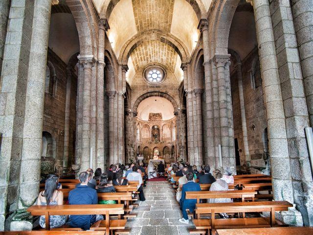 La boda de James y Isabel en Santiago De Compostela, A Coruña 2