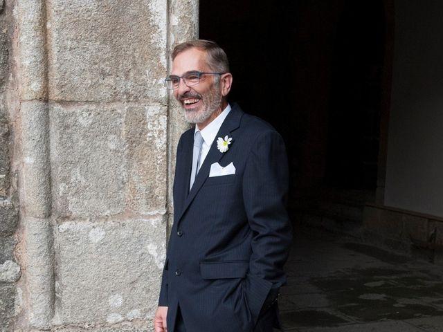 La boda de James y Isabel en Santiago De Compostela, A Coruña 17