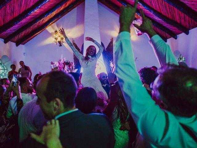 La boda de Eque y Auxi en Estepona, Málaga 144