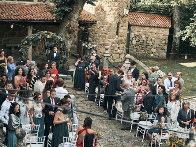 La boda de Abraham y Bea en Vilaboa (Rutis), A Coruña 13