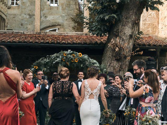 La boda de Abraham y Bea en Vilaboa (Rutis), A Coruña 16