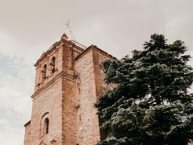 La boda de Alberto y Ara en Torreperogil, Jaén 1