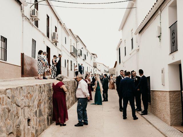 La boda de Alberto y Ara en Torreperogil, Jaén 14