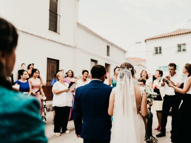 La boda de Alberto y Ara en Torreperogil, Jaén 48