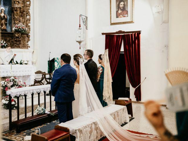 La boda de Alberto y Ara en Torreperogil, Jaén 73