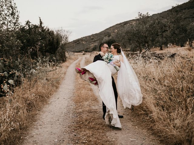 La boda de Alberto y Ara en Torreperogil, Jaén 105