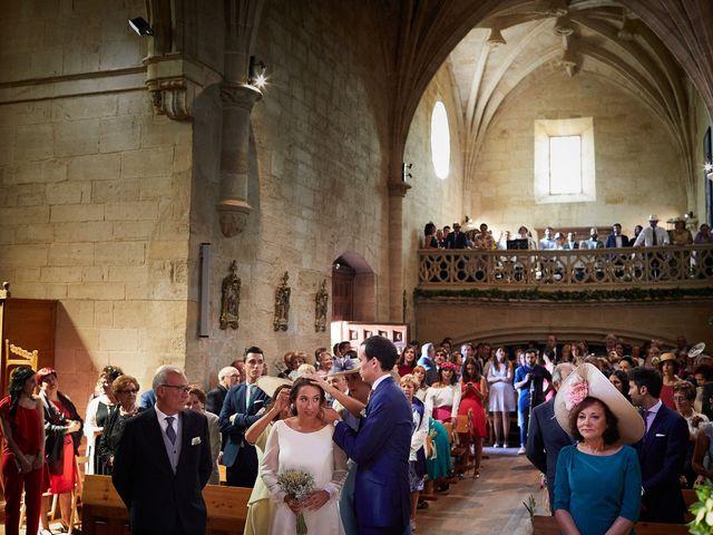 La boda de David y Isabel en Zarraton, La Rioja 6