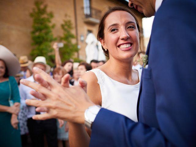 La boda de David y Isabel en Zarraton, La Rioja 32