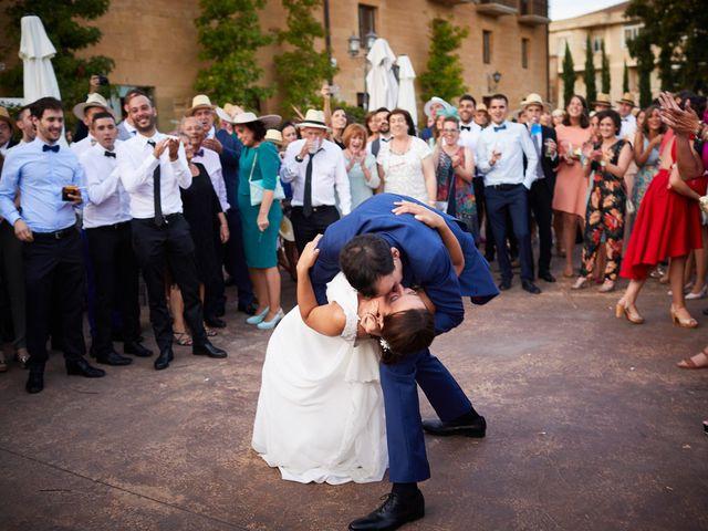 La boda de David y Isabel en Zarraton, La Rioja 33