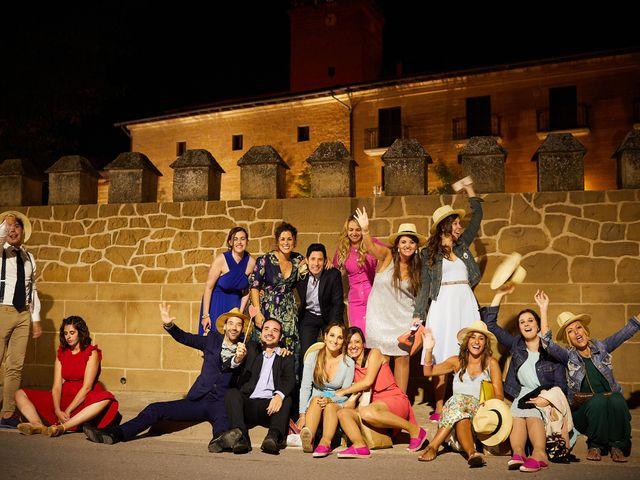 La boda de David y Isabel en Zarraton, La Rioja 38