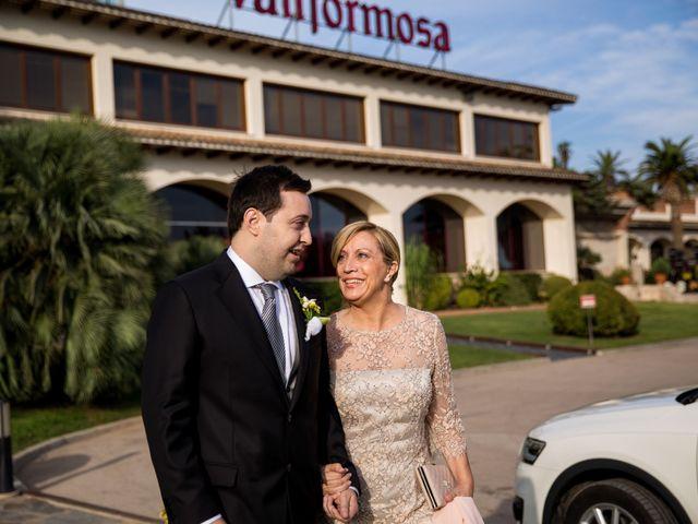 La boda de Xavi y Elena en Vilobi Del Penedes, Barcelona 17