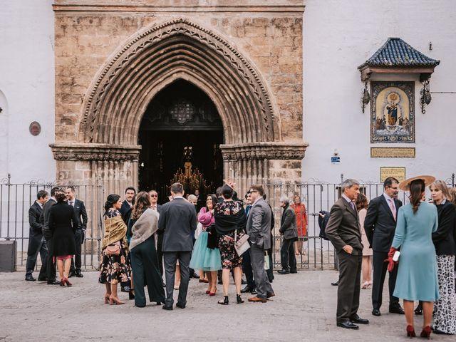 La boda de Emilio y Araceli en Espartinas, Sevilla 33