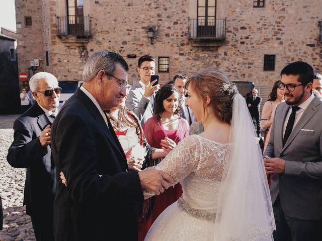 La boda de Victor y Laura en Cáceres, Cáceres 46