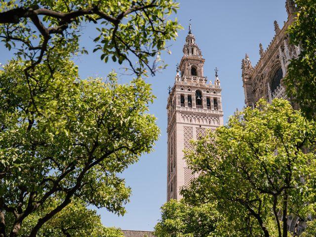 La boda de Nacho y Carolina en Sevilla, Sevilla 3