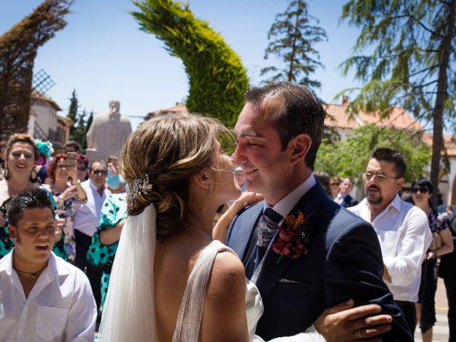 La boda de Jesús y Lourdes en Mota Del Cuervo, Cuenca 29