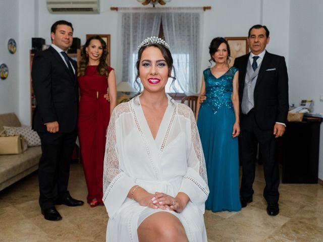 La boda de Javier y Abigail en Alcala De Guadaira, Sevilla 13