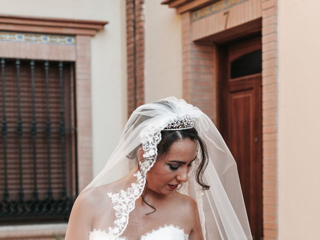 La boda de Javier y Abigail en Alcala De Guadaira, Sevilla 18