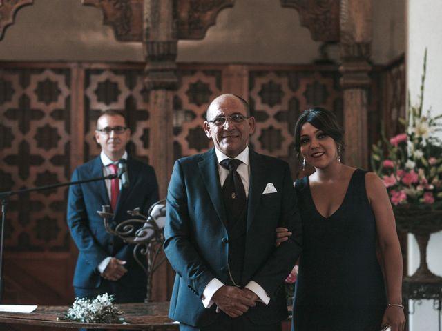 La boda de Javier y Abigail en Alcala De Guadaira, Sevilla 24