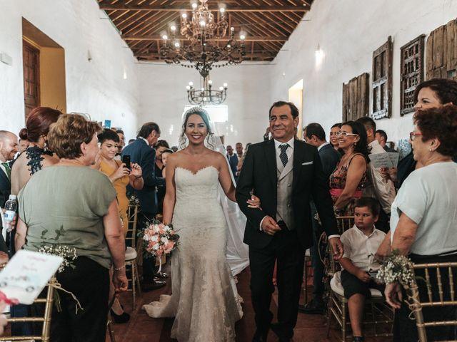 La boda de Javier y Abigail en Alcala De Guadaira, Sevilla 25