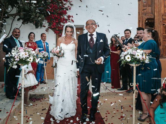 La boda de Javier y Abigail en Alcala De Guadaira, Sevilla 35