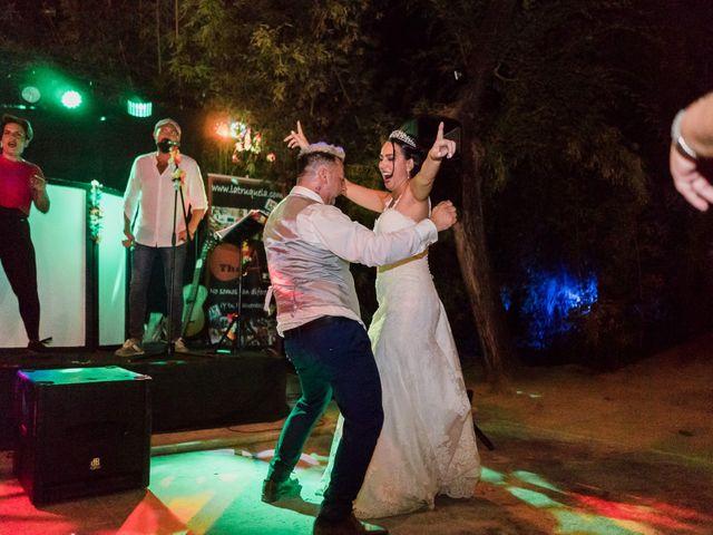 La boda de Javier y Abigail en Alcala De Guadaira, Sevilla 65
