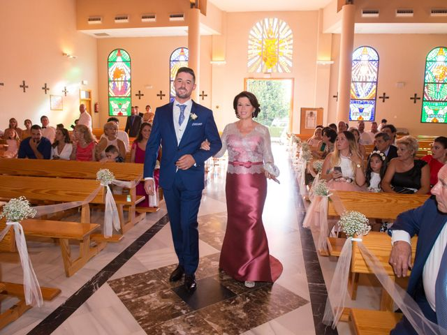 La boda de Juan Antonio y Chari en Alhaurin De La Torre, Málaga 14