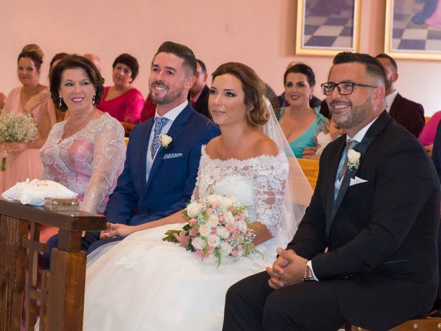 La boda de Juan Antonio y Chari en Alhaurin De La Torre, Málaga 22