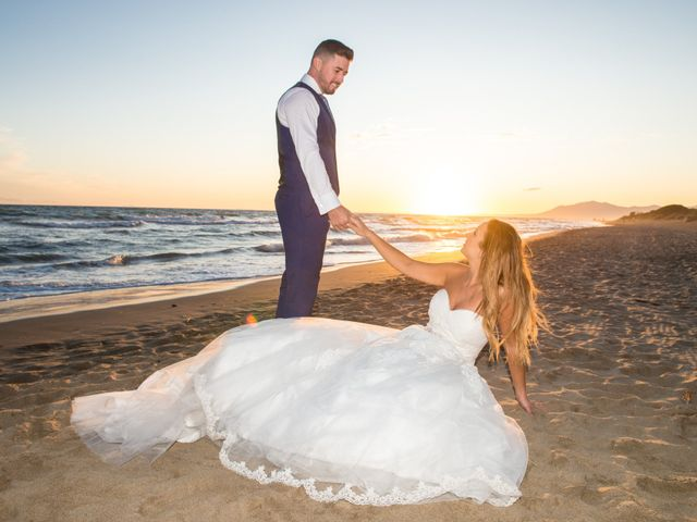 La boda de Juan Antonio y Chari en Alhaurin De La Torre, Málaga 43
