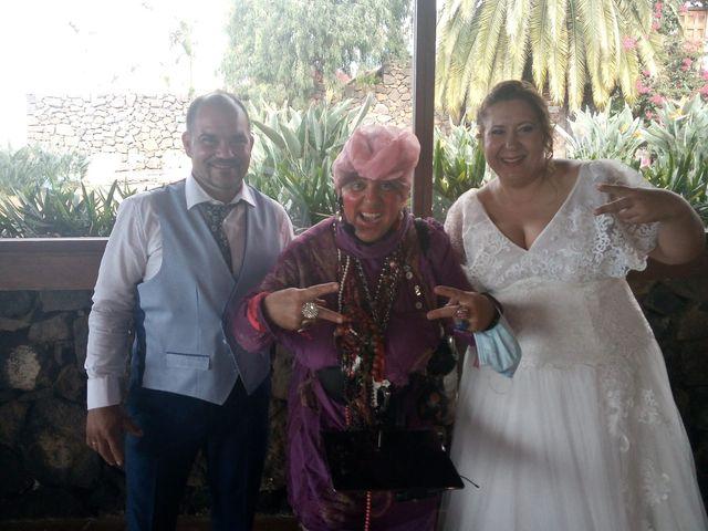 La boda de Ana Raquel  y Carlos Alberto en La Orotava, Santa Cruz de Tenerife 3