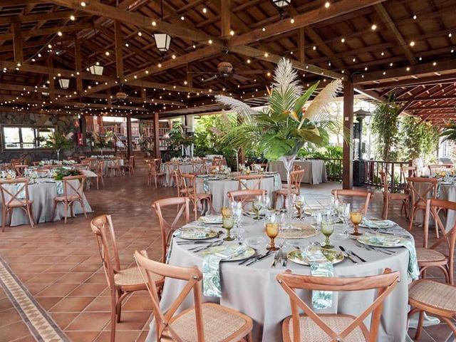 La boda de Ana Raquel  y Carlos Alberto en La Orotava, Santa Cruz de Tenerife 8