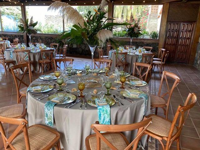 La boda de Ana Raquel  y Carlos Alberto en La Orotava, Santa Cruz de Tenerife 9