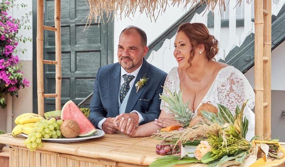 La boda de Ana Raquel  y Carlos Alberto en La Orotava, Santa Cruz de Tenerife