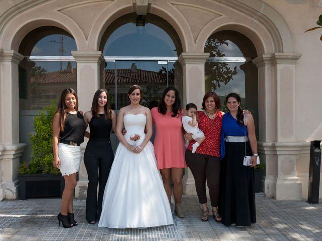 La boda de Rubén y Andrea en Corbera De Llobregat, Barcelona 34
