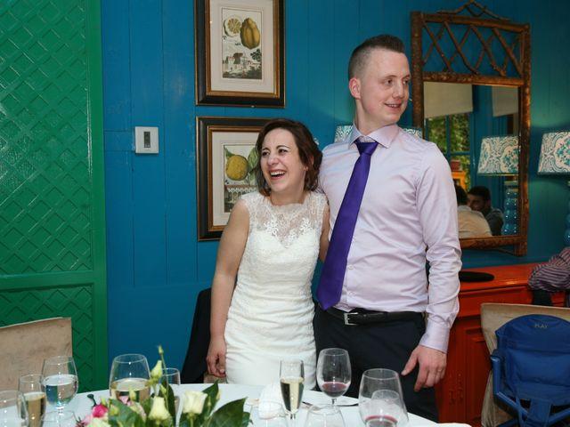 La boda de Karlos y Oihane en Vitoria-gasteiz, Álava 27