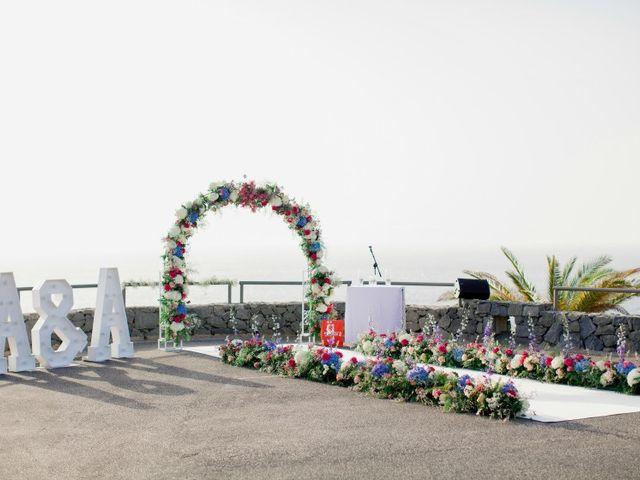 La boda de Alexey y Anita en Santa Cruz De Tenerife, Santa Cruz de Tenerife 2