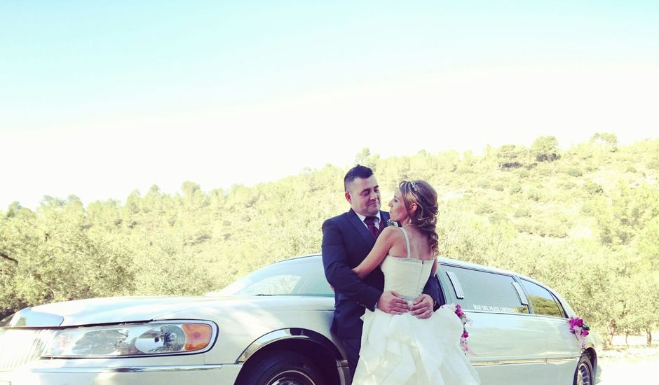 La boda de Juan y Nuria en Miami-platja, Tarragona