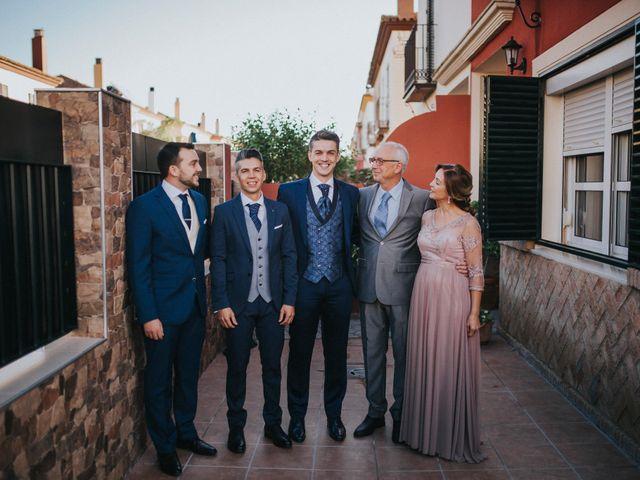 La boda de Joaquín y Aida en Alcala De Guadaira, Sevilla 28