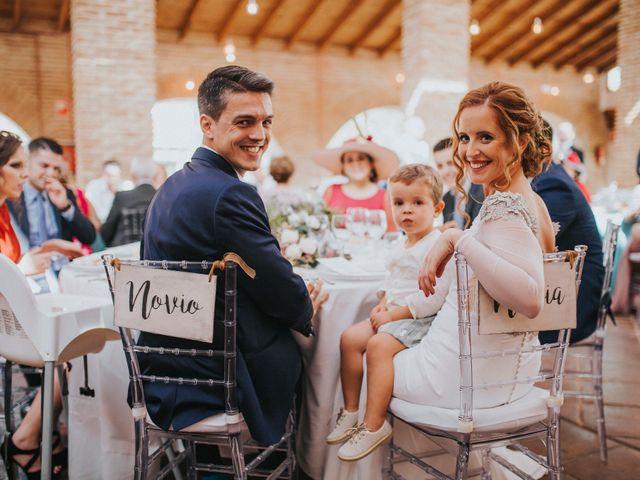 La boda de Joaquín y Aida en Alcala De Guadaira, Sevilla 197