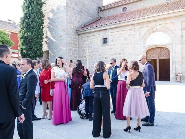 La boda de Jesús y Nieves en Galapagar, Madrid 26