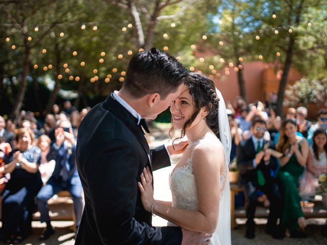 La boda de Ian y Jennifer en Sant Cugat Sesgarrigues, Barcelona 22
