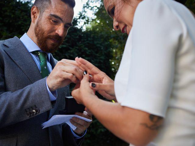 La boda de Ibon y María en Getxo, Vizcaya 21