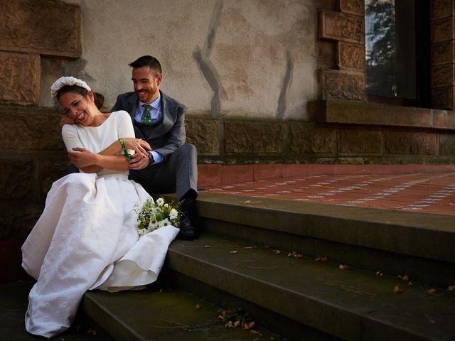 La boda de Ibon y María en Getxo, Vizcaya 23