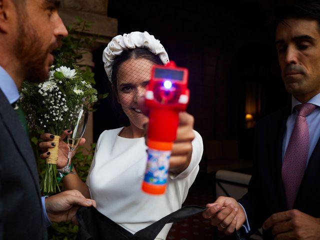 La boda de Ibon y María en Getxo, Vizcaya 24
