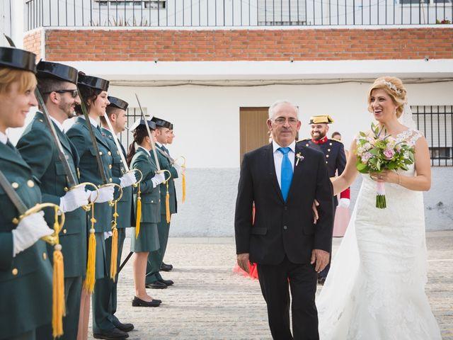 La boda de Luis y María en Valdastillas, Cáceres 15