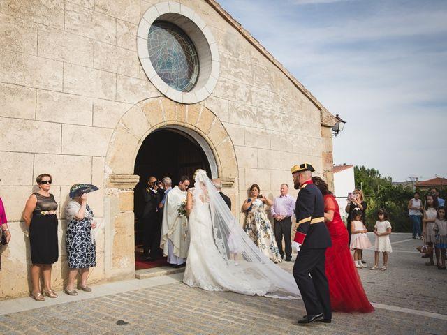 La boda de Luis y María en Valdastillas, Cáceres 16