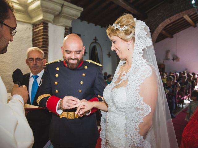 La boda de Luis y María en Valdastillas, Cáceres 25