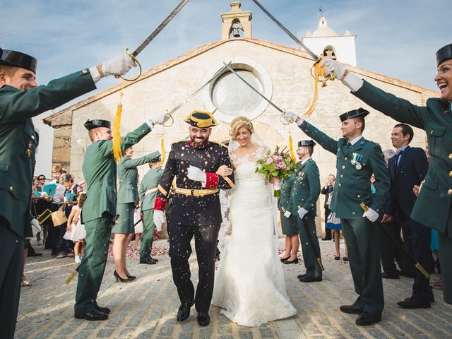 La boda de Luis y María en Valdastillas, Cáceres 33