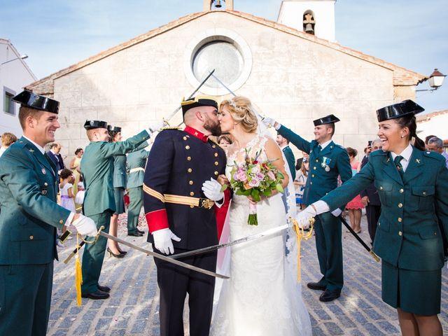 La boda de Luis y María en Valdastillas, Cáceres 34