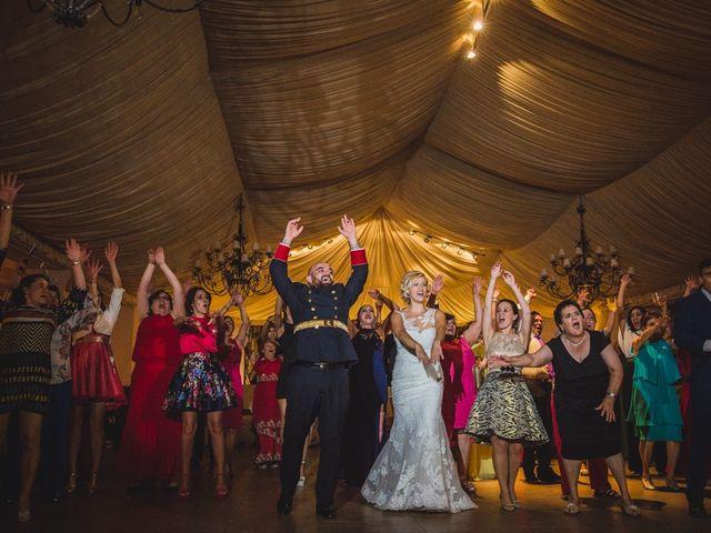 La boda de Luis y María en Valdastillas, Cáceres 51